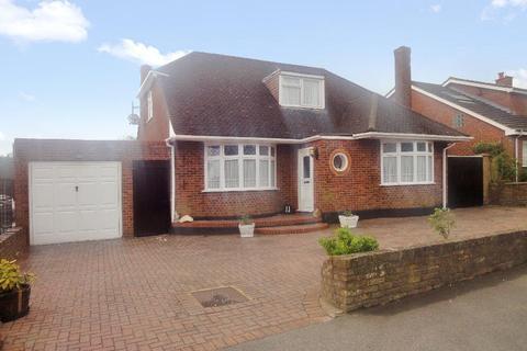 4 bedroom chalet to rent - Bampton Road, Luton, LU4 0DD