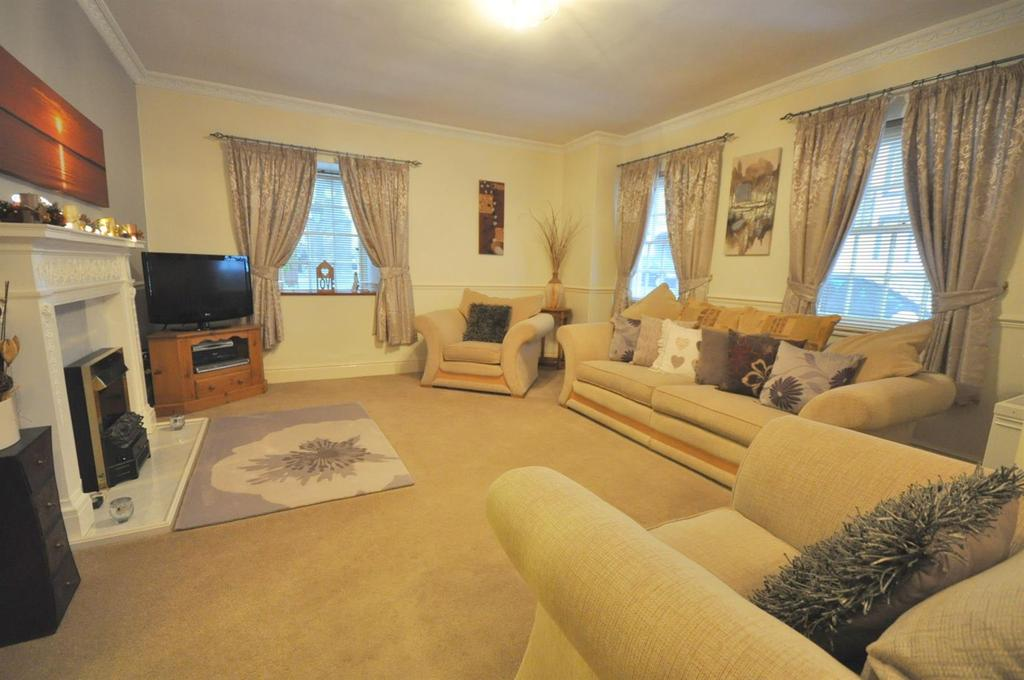 3 Bedrooms Cottage House for sale in Bridge Street, Brough, Kirkby Stephen