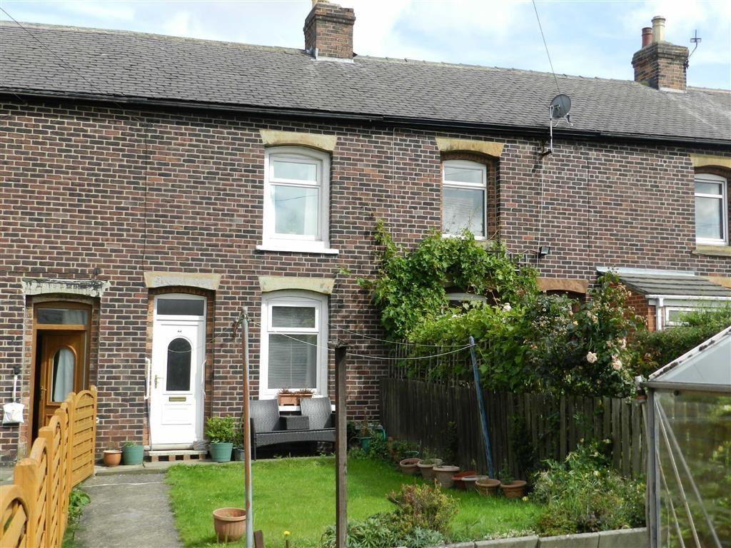 2 Bedrooms Terraced House for sale in Long Lane, Clayton West, Huddersfield, HD8