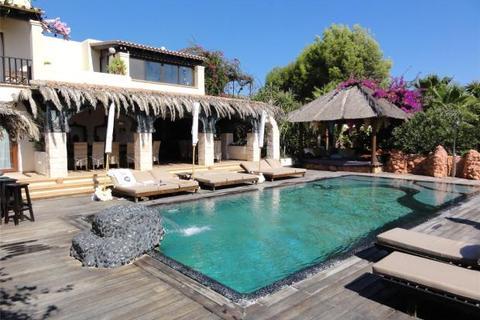 14 bedroom house  - Casa Gazebo, Cap Martinet, Ibiza, Spain
