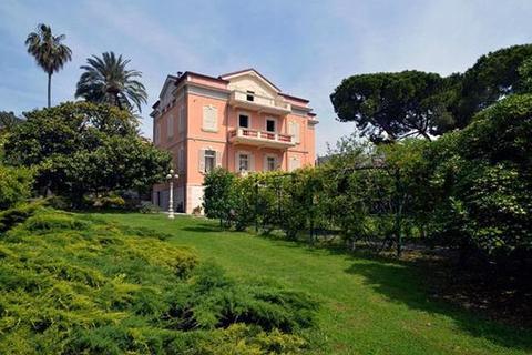 2 bedroom farm house  - Sanremo, Imperia, Liguria