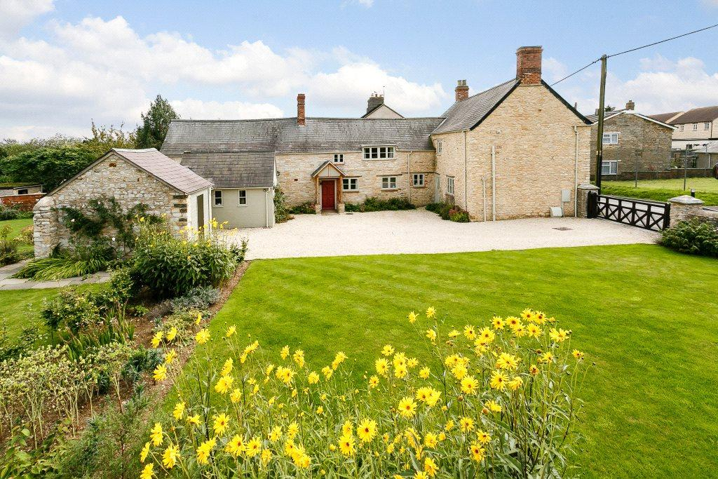 5 Bedrooms Detached House for sale in Westbury, Brackley, Northamptonshire