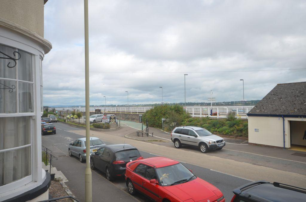 3 Bedrooms Flat for sale in The Strand, Starcross, EX6