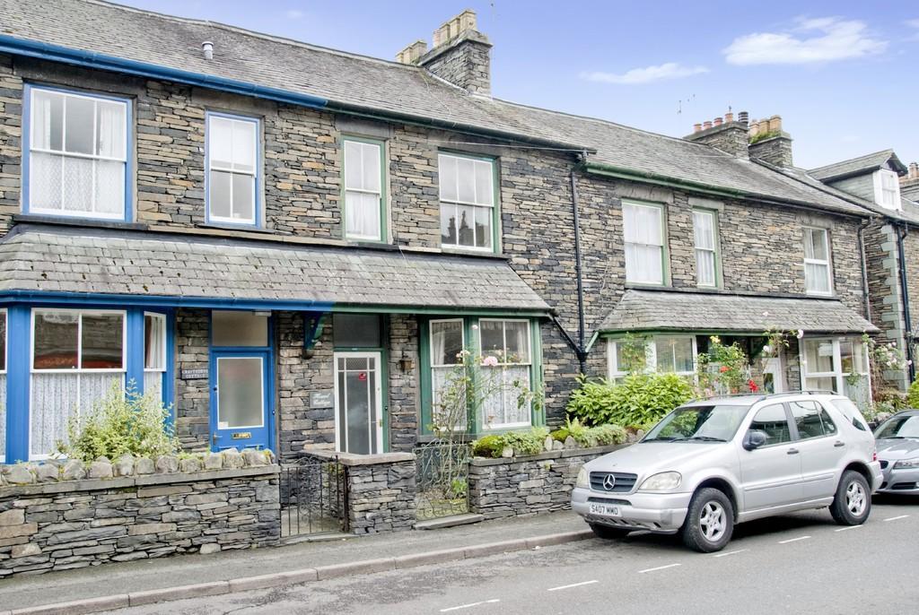 4 Bedrooms Terraced House for sale in Hazel Cottage, Compston Road, Ambleside, Cumbria LA22 9DJ