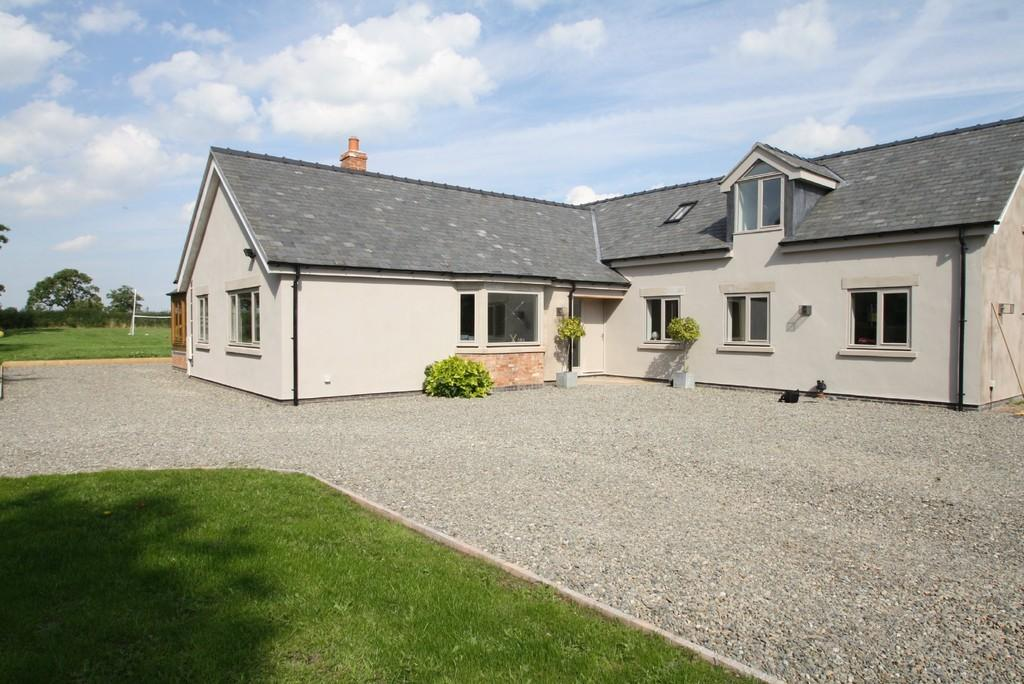 4 Bedrooms Detached House for sale in Ashfields, Agden, SY13 4RB
