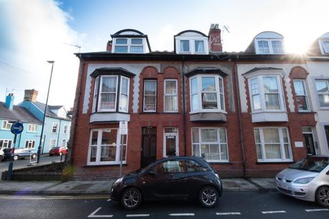 6 bedroom terraced house to rent - Cambrian Street, Aberystwyth