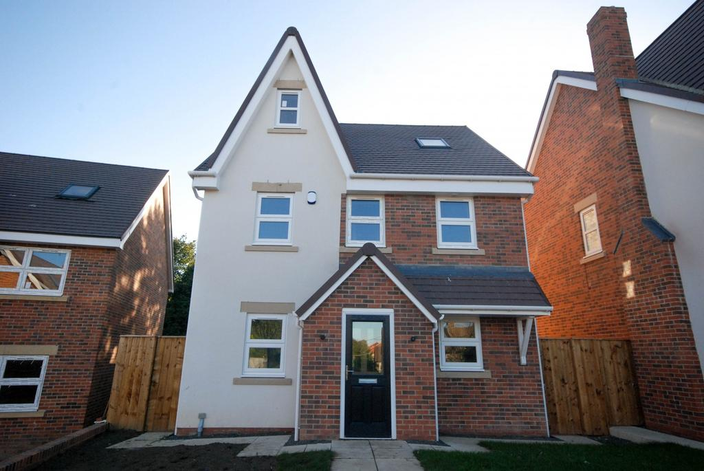 4 Bedrooms Detached House for sale in Monkton Dene View, Jarrow