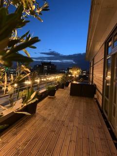 2 bedroom penthouse for sale - St James Quay