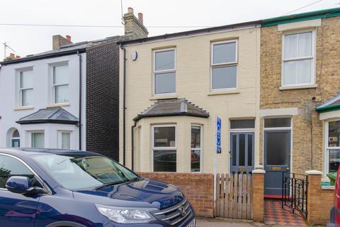 3 bedroom end of terrace house to rent - Belgrave Road, Cambridge