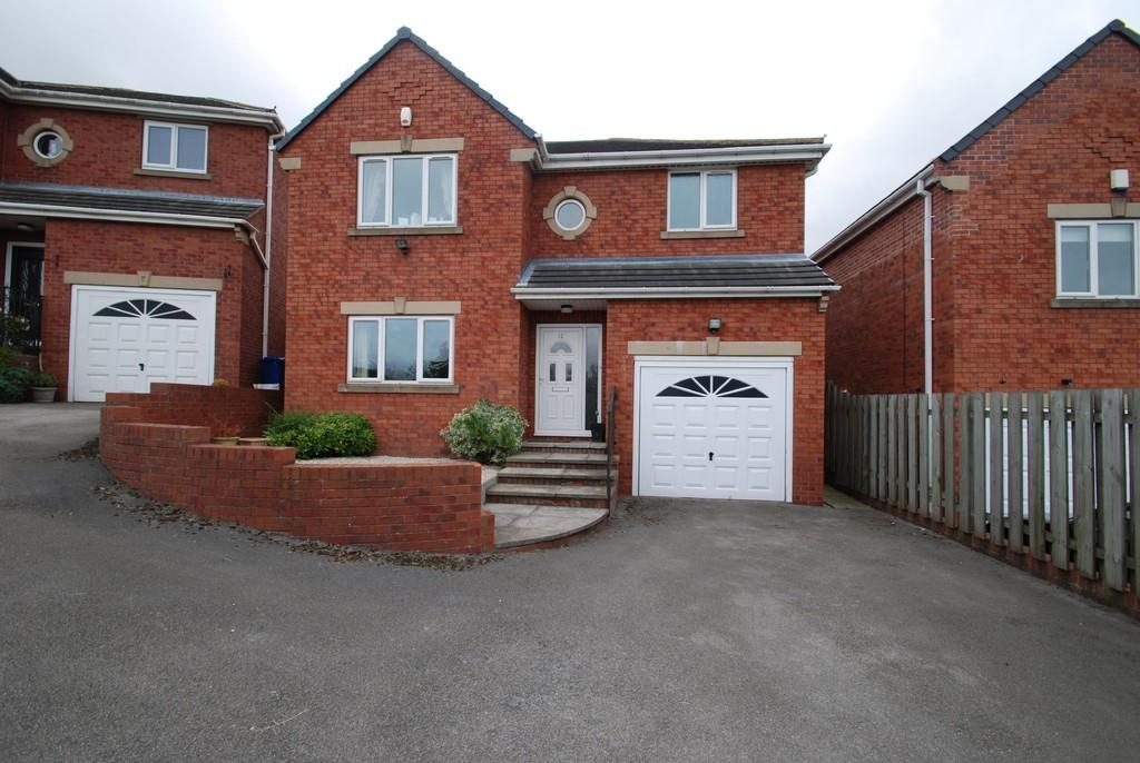 5 Bedrooms Detached House for sale in Crown Well Hill, Ardsley, Barnsley S71