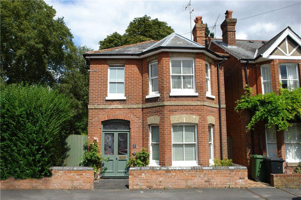 3 Bedrooms Detached House for sale in Nuns Road, Winchester, Hampshire
