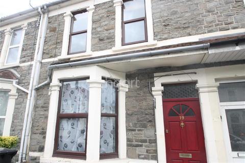 3 bedroom terraced house to rent - New Queen Street, Kingswood