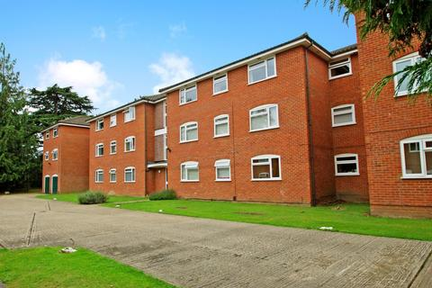 2 bedroom flat to rent - Cobblers Close, Farnham Royal, Slough, SL2