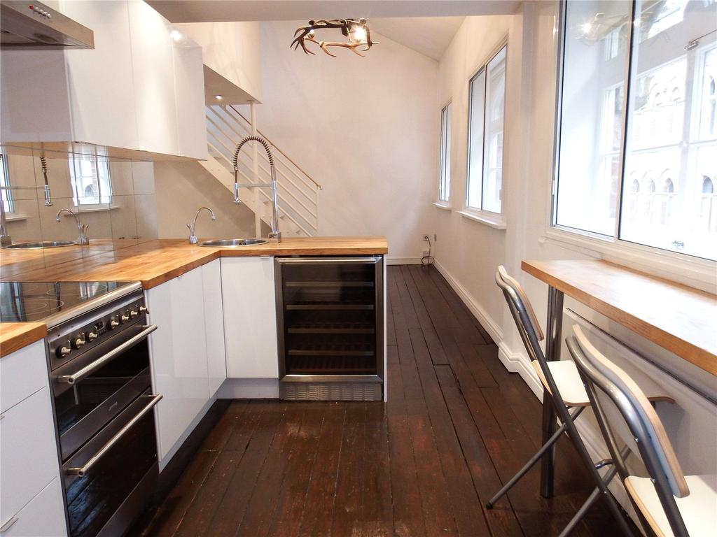2 Bedrooms Flat for rent in The Old Cloth Warehouse, 3 York Place, Leeds, West Yorks, LS1