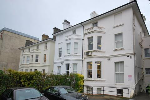 Studio to rent - Mount Ephraim, Tunbridge Wells