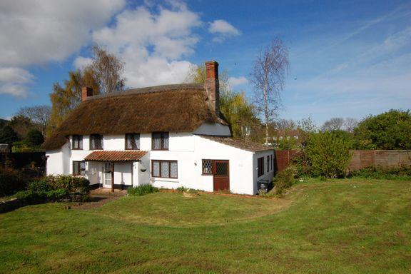 3 Bedrooms Cottage House for sale in Carhampton