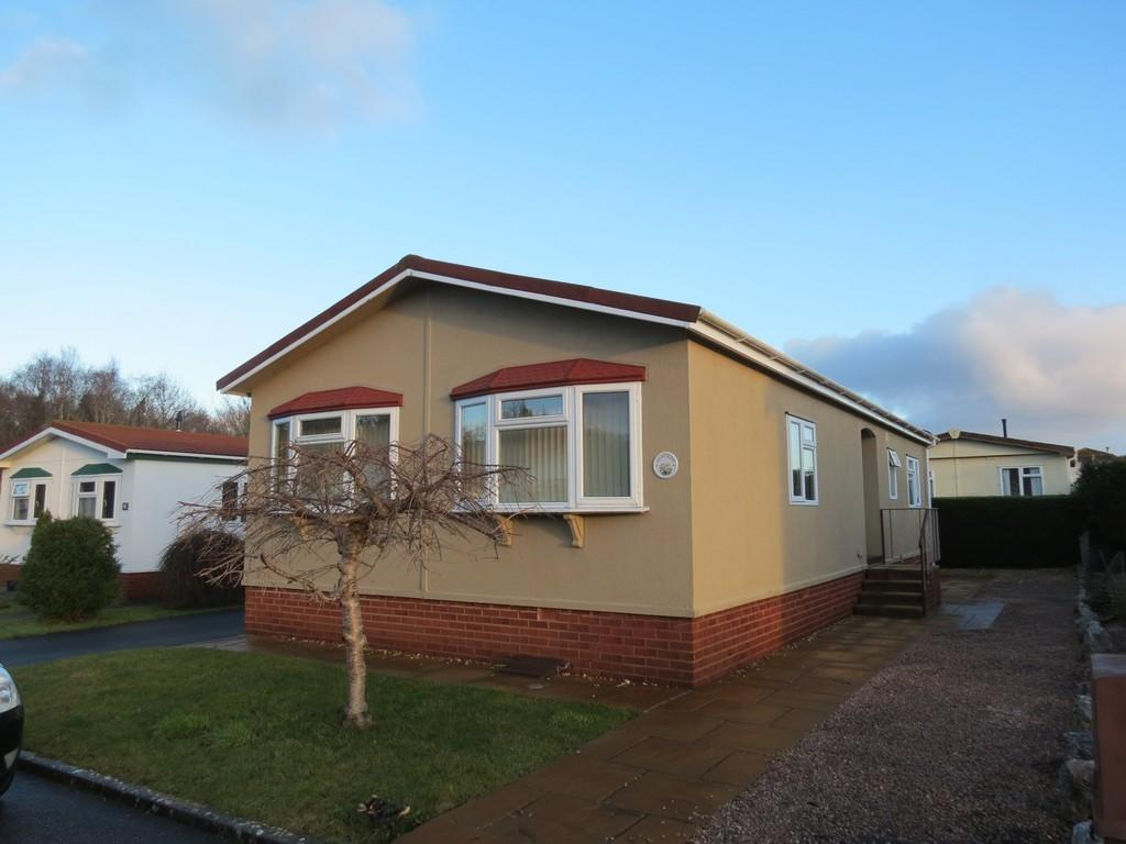 2 Bedrooms Mobile Home for sale in New Park, Bovey Tracey