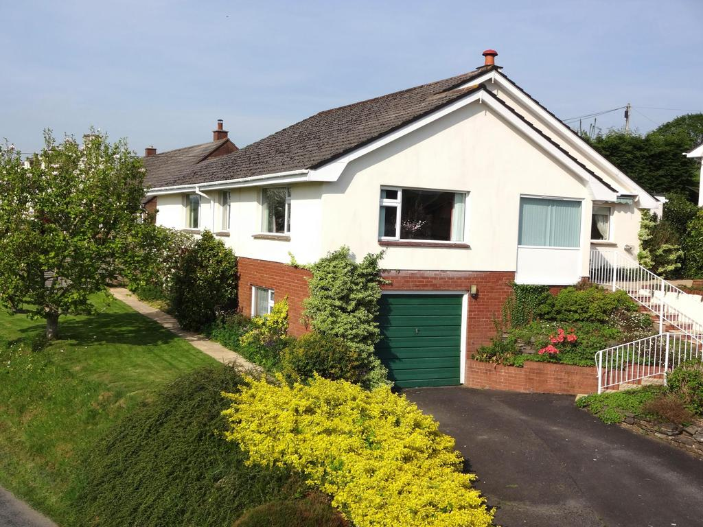 4 Bedrooms Bungalow for sale in Lower Park, Umberleigh