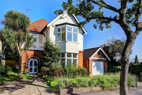 5 bedroom detached house to rent - Cromwell Road, Teddington, TW11