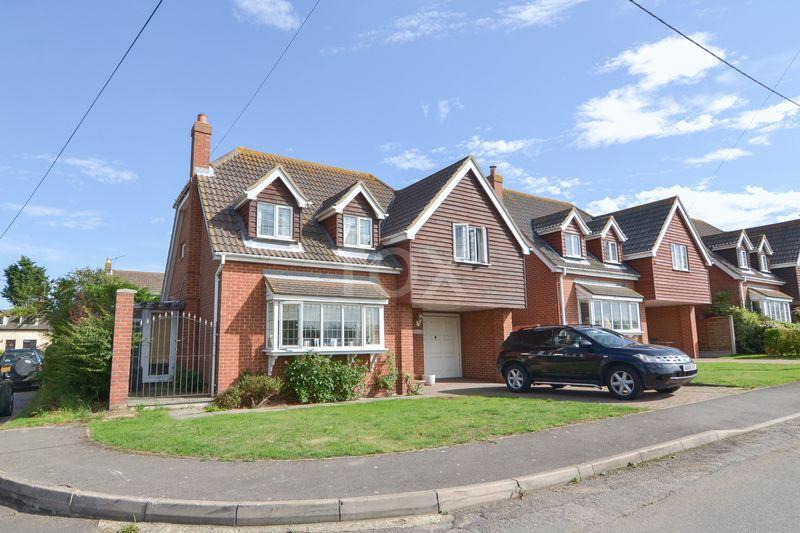 3 Bedrooms Detached House for sale in Fambridge Road