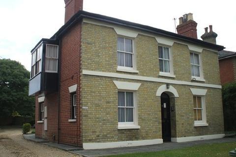 Studio to rent - Oak Road, Woolston (Unfurnished)
