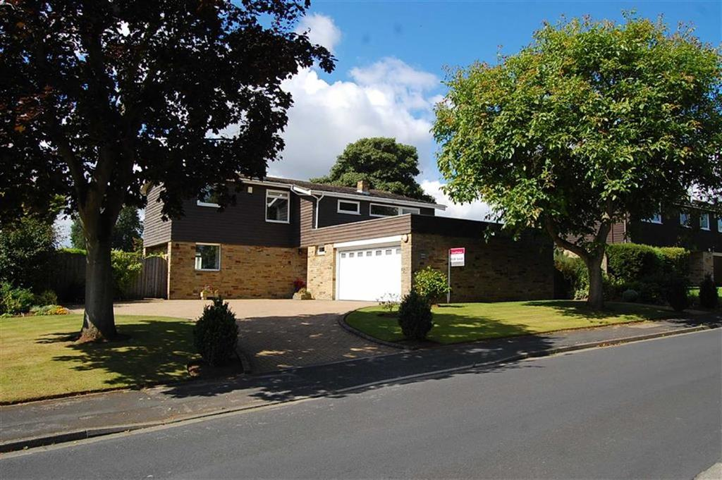 4 Bedrooms Detached House for sale in Nichols Way, Wetherby, LS22