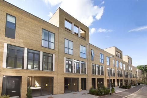 4 bedroom terraced house to rent - Plantation Avenue, Trumpington, Cambridge