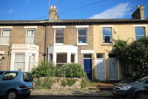 3 bedroom terraced house to rent - Emery Street, Cambridge