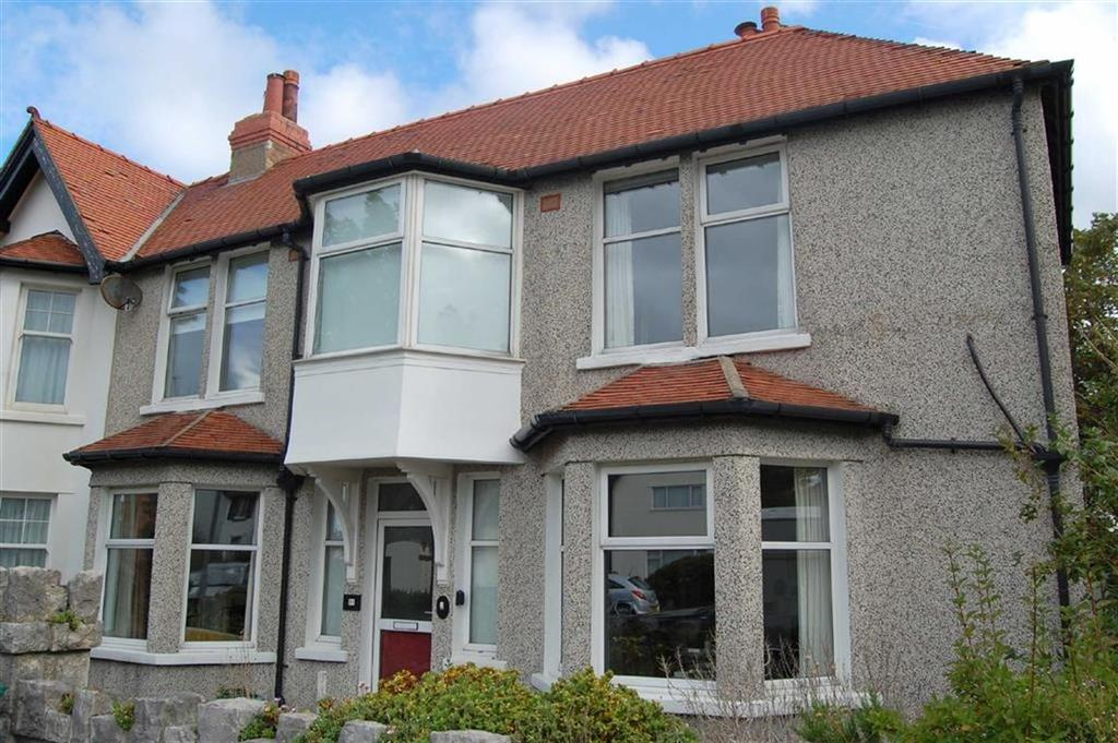 5 Bedrooms Terraced House for sale in Bryniau Road, West Shore, Llandudno, Conwy