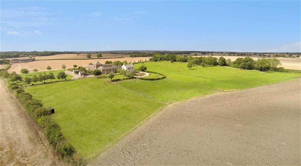 4 Bedrooms Detached House for sale in Halnaby, Richmond, North Yorkshire