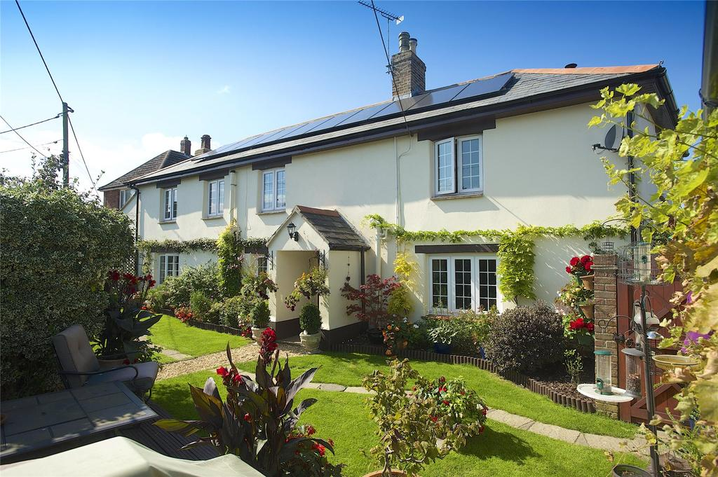 3 Bedrooms Detached House for sale in Winterborne Kingston, Dorset