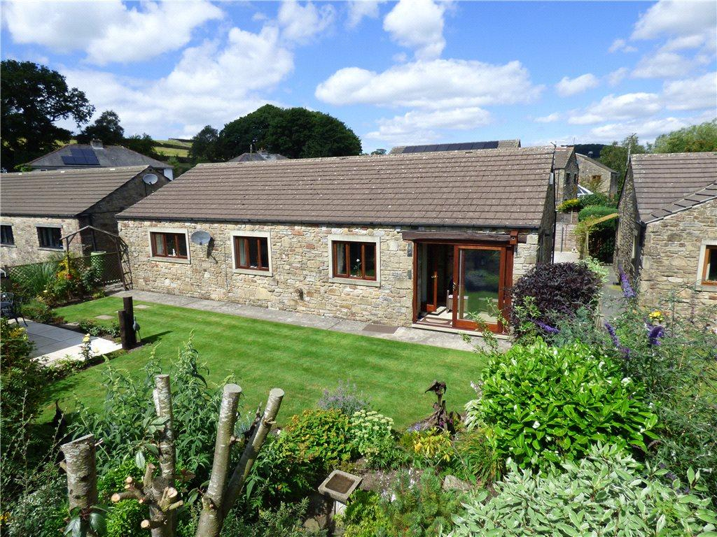 3 Bedrooms Detached Bungalow for sale in Dalesgarth, Raines Road, Giggleswick, Settle