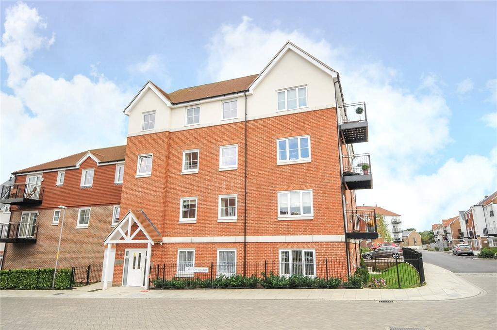2 Bedrooms Flat for rent in Yarrow Court, Campion Square, Dunton Green, Sevenoaks, TN14