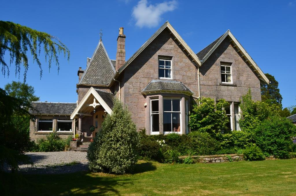 6 Bedrooms Detached House for sale in Queen Street, Haywood, Helensburgh, Argyll and Bute , G84 9QQ
