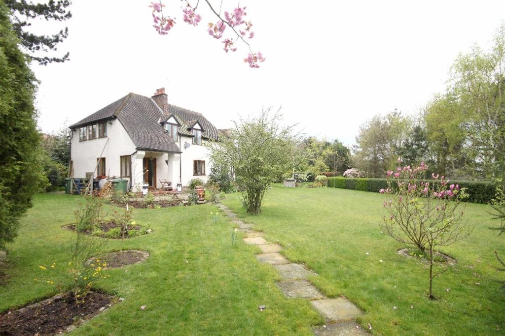 5 Bedrooms Detached House for sale in Rydal Drive, Hale Barns, Cheshire