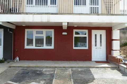 1 bedroom ground floor flat to rent - St Clements Close, Truro, TR1