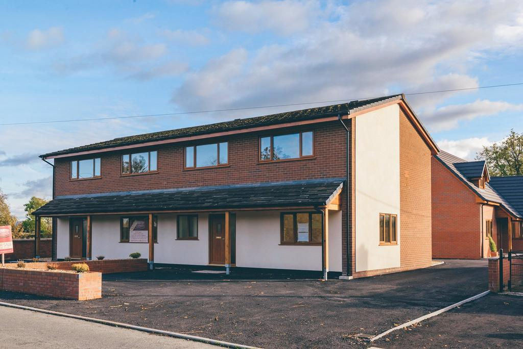 3 Bedrooms Terraced House for sale in Berriew, Welshpool, Powys