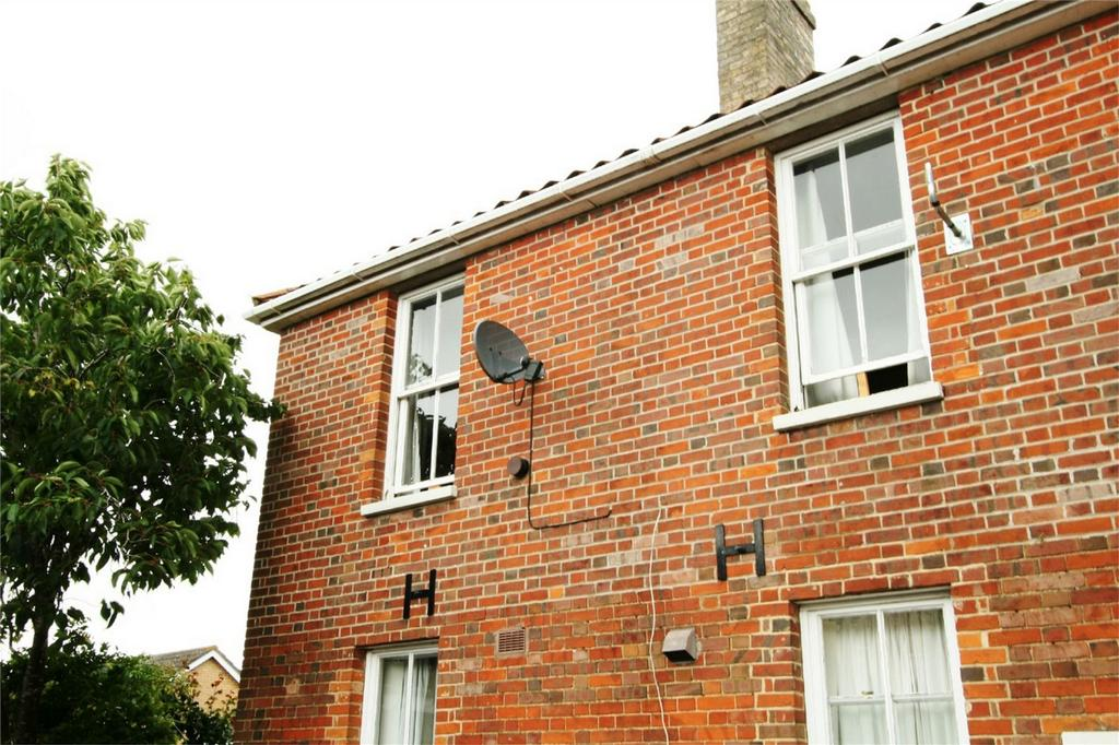 1 Bedroom Flat for sale in London Rd, Attleborough
