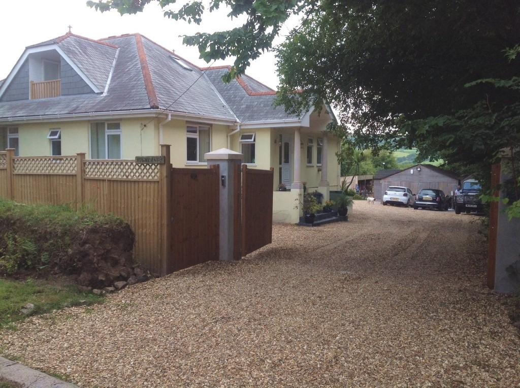 4 Bedrooms Detached House for sale in Cox Park, Latchley