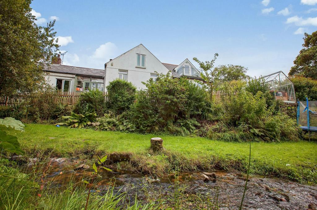 3 Bedrooms Semi Detached House for sale in Row, St. Breward