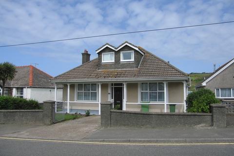 4 bedroom detached bungalow to rent - 13 Millmoor Way, Broad Haven. SA73 3JJ