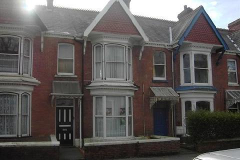 2 bedroom flat to rent - Beechwood Road
