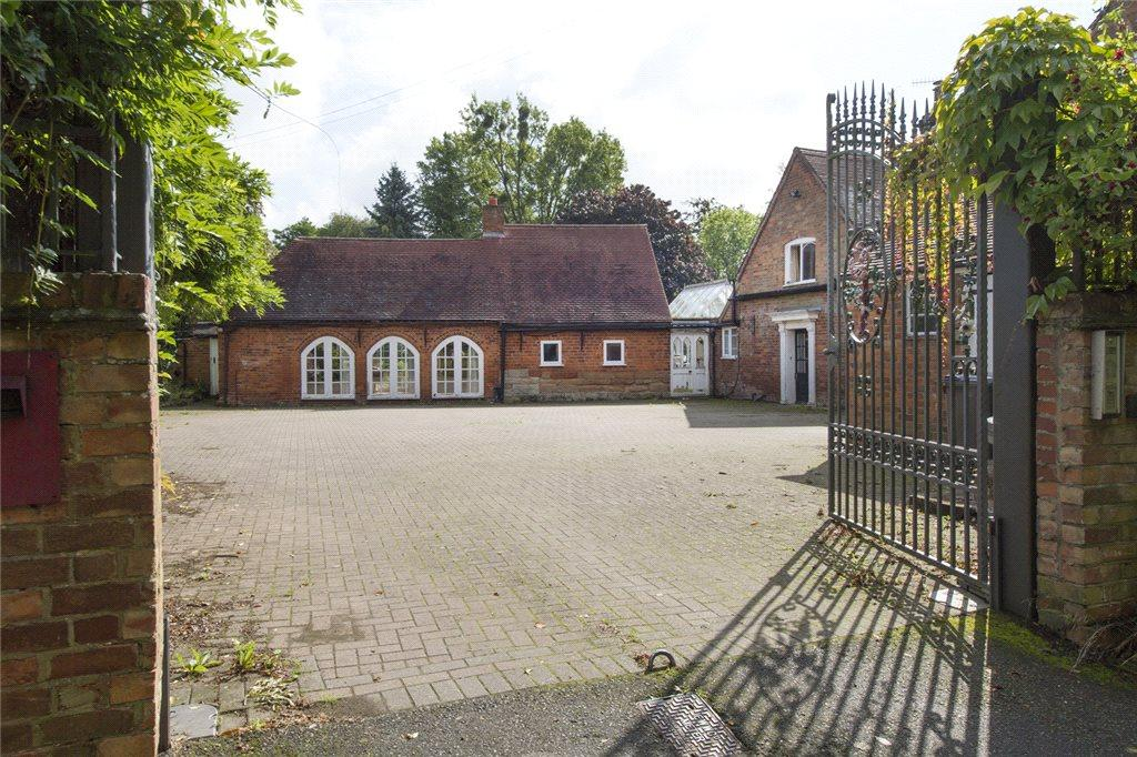 6 Bedrooms Detached House for sale in Hadley, Worcestershire, WR9