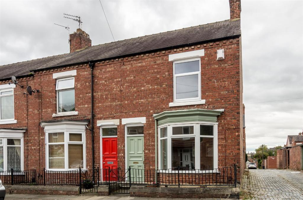 2 Bedrooms Terraced House for sale in Hazel Avenue, Darlington