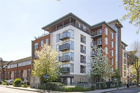 2 bedroom flat to rent - Heathfield Court, 248 Tredegar Road, London, E3