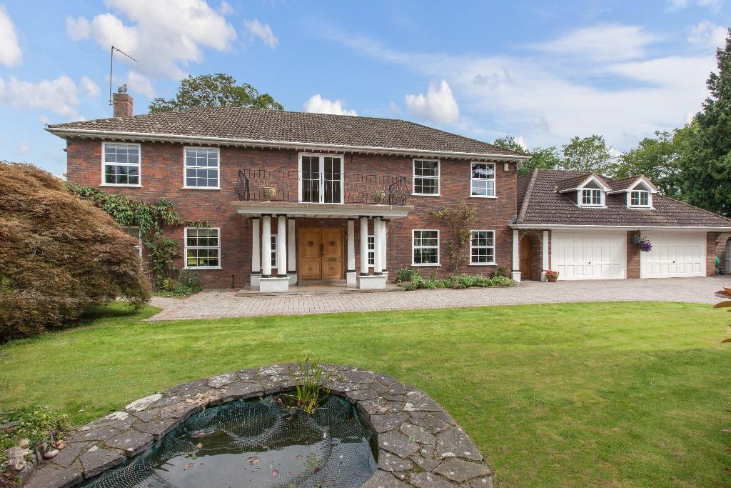 6 Bedrooms Detached House for sale in Flackwell Heath