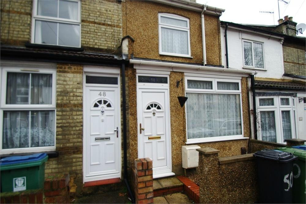 2 Bedrooms Terraced House for rent in Shaftesbury Road, WATFORD, Hertfordshire