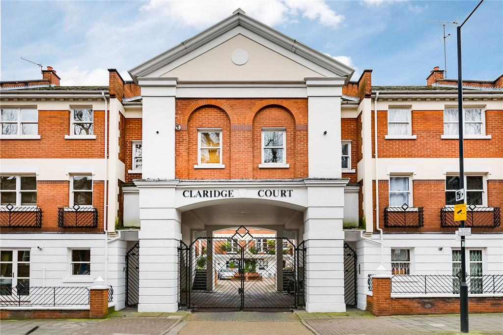 4 Bedrooms Terraced House for sale in Claridge Court, Munster Road, Parsons Green, London