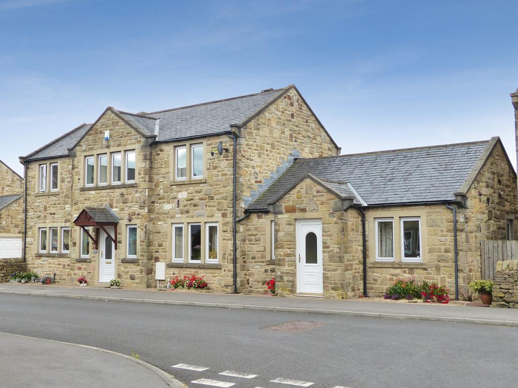 5 Bedrooms Detached House for sale in Hammerton Drive, Hellifield