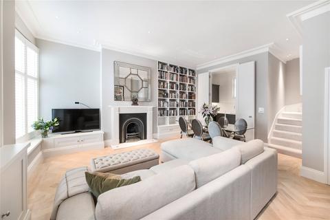 2 bedroom mews to rent - Burton Mews, Belgravia, London, SW1W